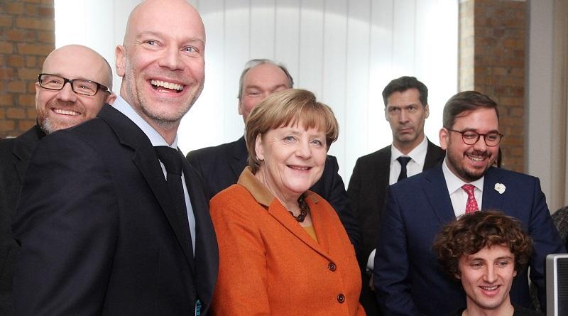 Angela Merkel besucht door2door