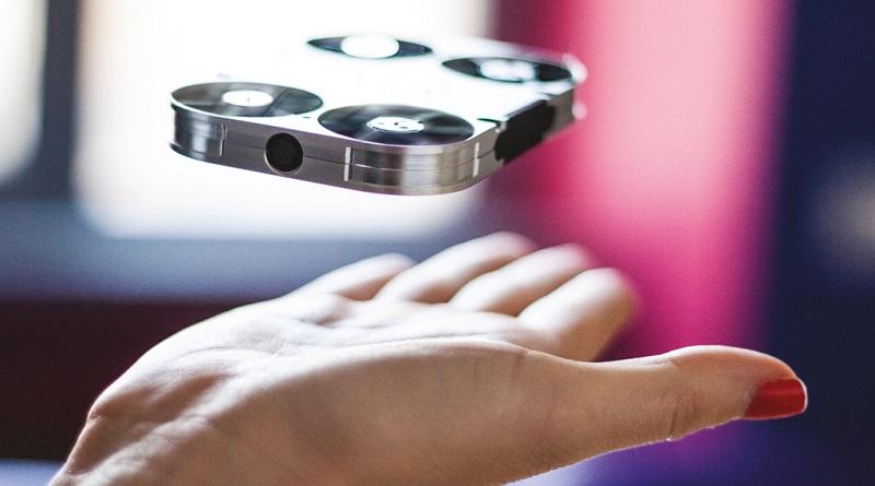 AirSelfie: Weltweit erste fliegende Selfie-Kamera