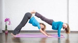 YogaEasy Yoga Online-Yogastudio Yogavideos