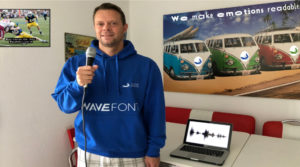 Silicon Surfer WaveFont Untertitel Emotionen