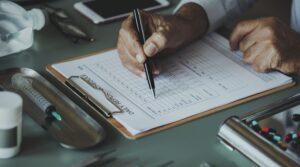 Die Zukunft der Pflege ist digital – Prozessoptimierung durch Software. Digitalisierung der Pflege verschlankt Prozesse und verbessert Kommunikation