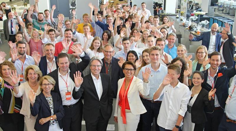 Jugend gründet Bundesfinale im Porsche-Ausbildungszentrum in Stuttgart