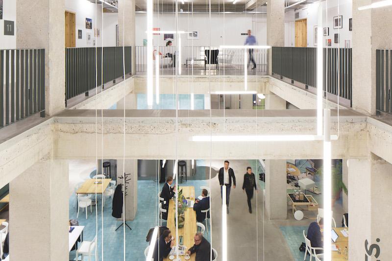 Spaces Community für flexibles Arbeiten- frisch, jung, trendy und stylisch