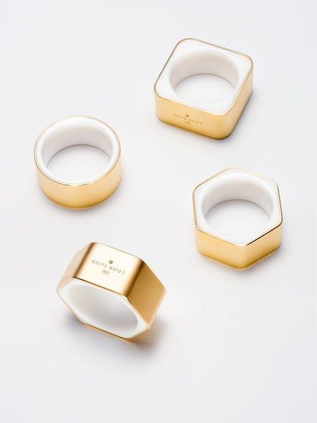 Quite Quiet nachhaltiges Schmucklabel: Schmuck aus Fairtrade zertifiziertem Gold und laborgezüchteten Edelsteinen
