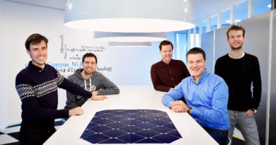Lightyear develop an electric car that charges itself with sunlight